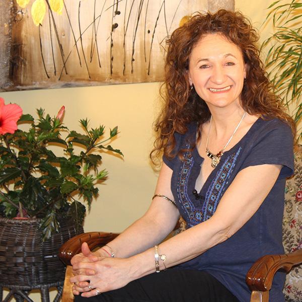 Guylaine Vallée, chirologue et auteure